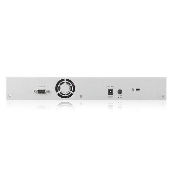 Zyxel ZyWALL ATP500, Rack, 7 конфигурируемых (LAN/WAN) портов GE, 1xSFP, 2xUSB3.0, AP Controller (2/34), Device HA Pro, с поддержкой Sandbox и Botnet